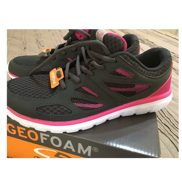 82eef239a Women s Geofoam Running Shoes
